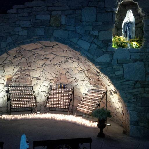 1,000 candles at the grotto